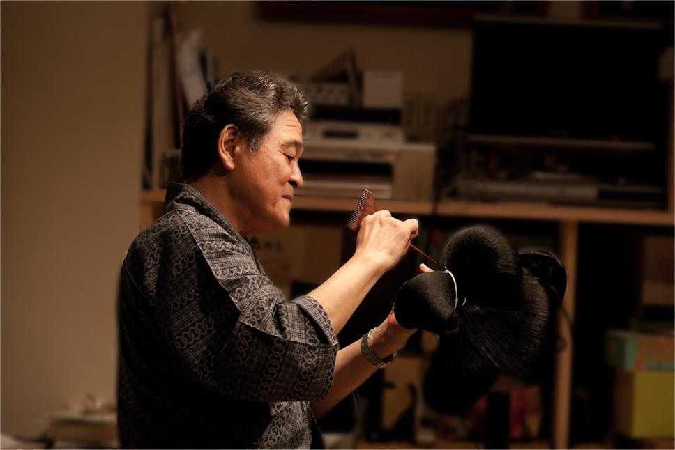 歌舞伎の床山の仕事風景(光峯床山・高橋敏夫さん)